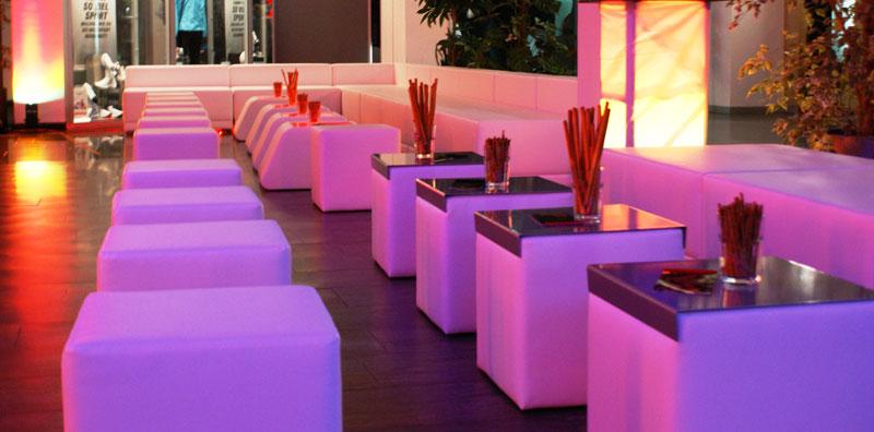 der agent international dj booking management loungem bel mieten mit led technik f r. Black Bedroom Furniture Sets. Home Design Ideas